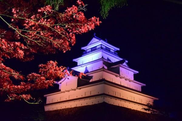 鶴ヶ城ライトアップの様子(昨年)